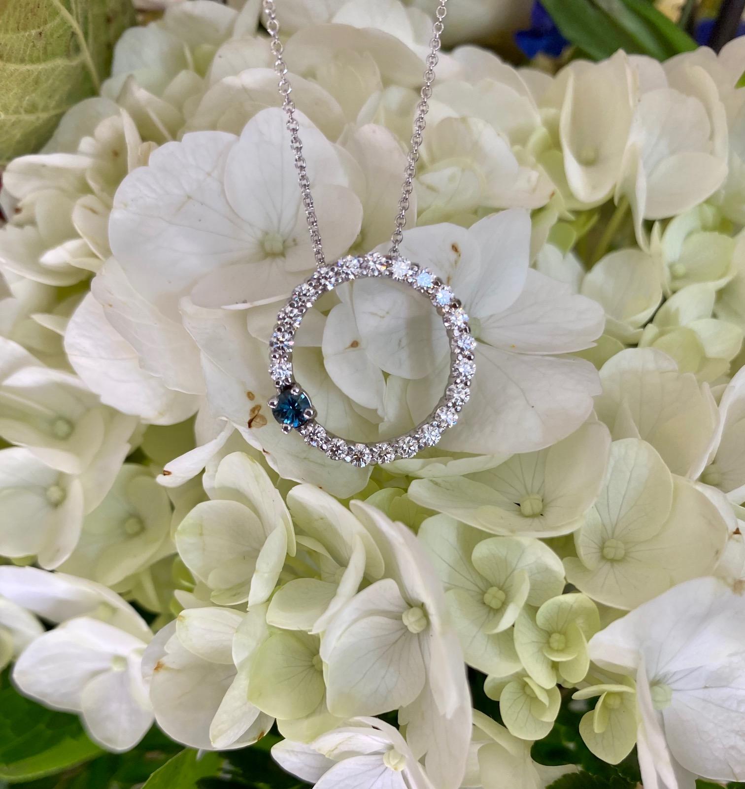diamondNecklace